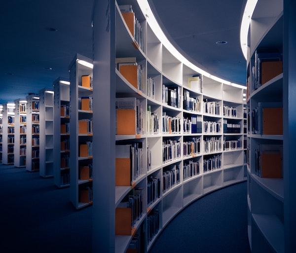 I sette passi per comprare un libro