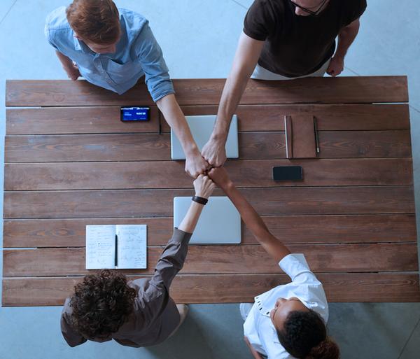 Influencer e Brand Ambassador: capitale umano e valore di mercato