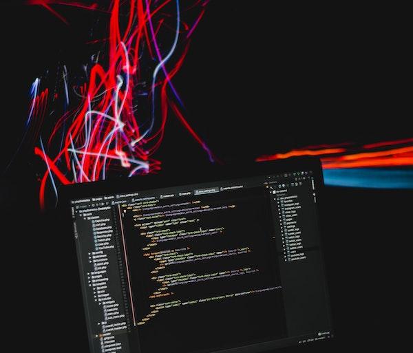 Python: un linguaggio ideale per programmare e imparare a programmare