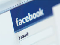 Facebook impara a dire privacy in tedesco