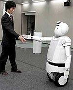 Hitachi lancia due robot in grado di muoversi e parlare