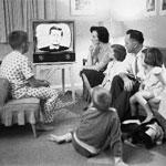 Se la televisione abdica, la Rete s'insinua