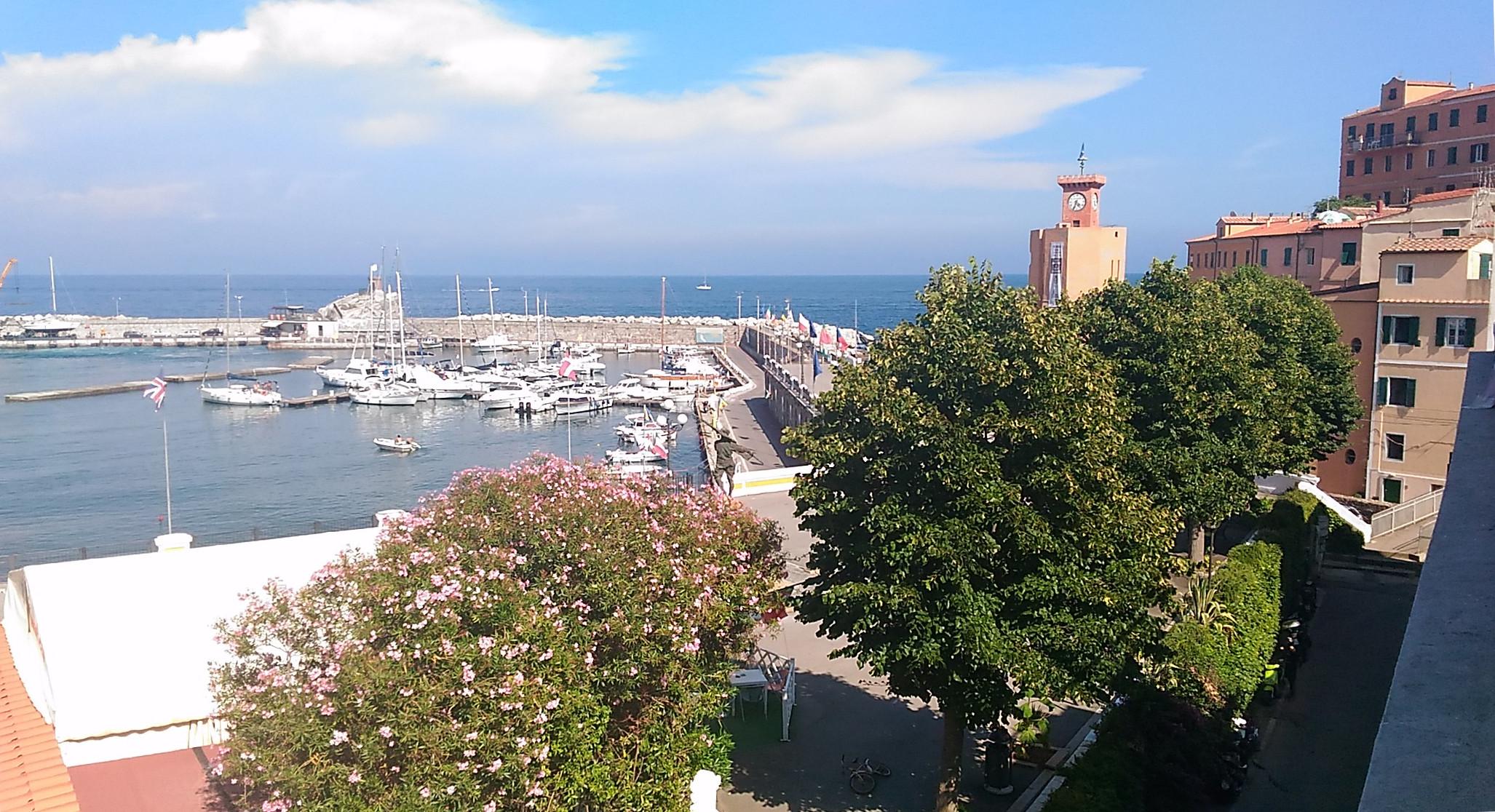 Il porticciolo di Rio nell'Elba