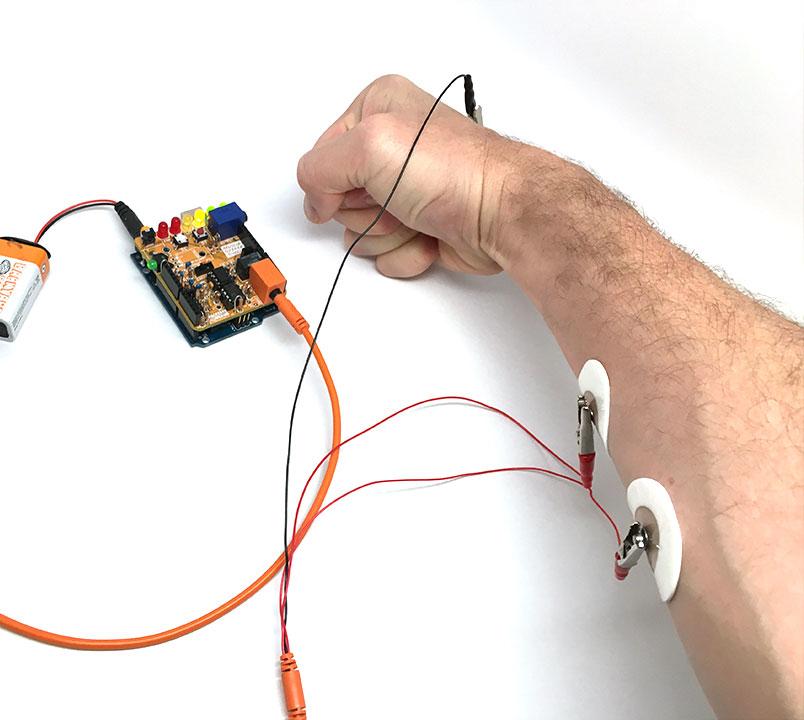Braccio con elettrodi