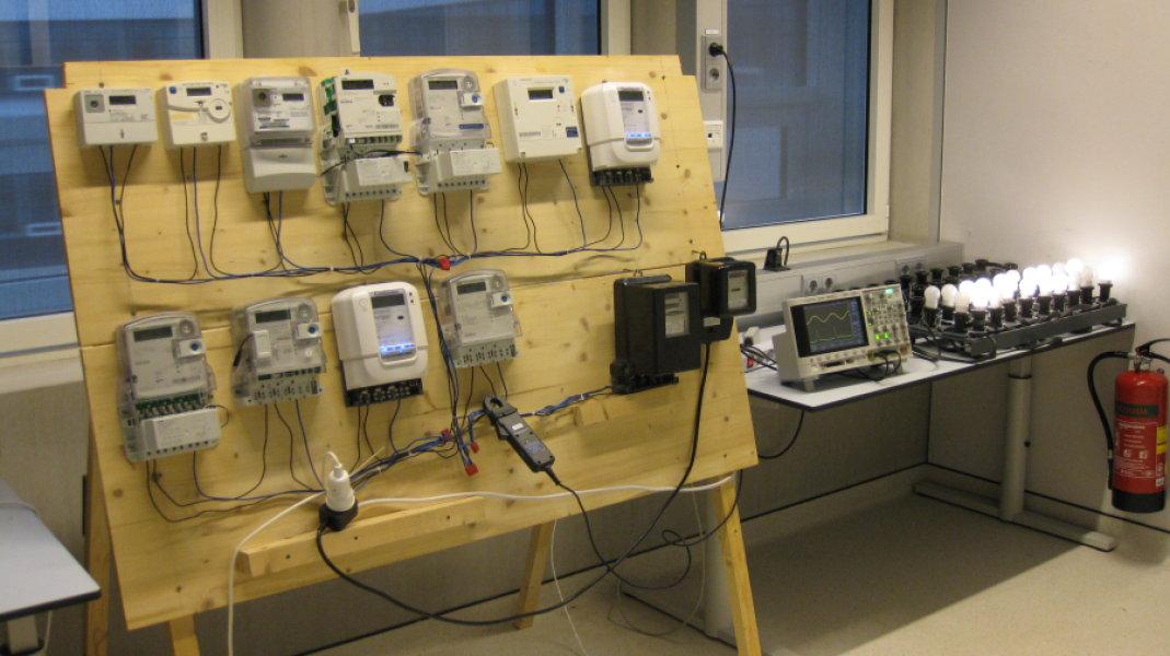 Banco prova per contatori elettrici