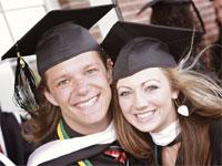 MBA su Facebook, studi gratis paghi il diploma