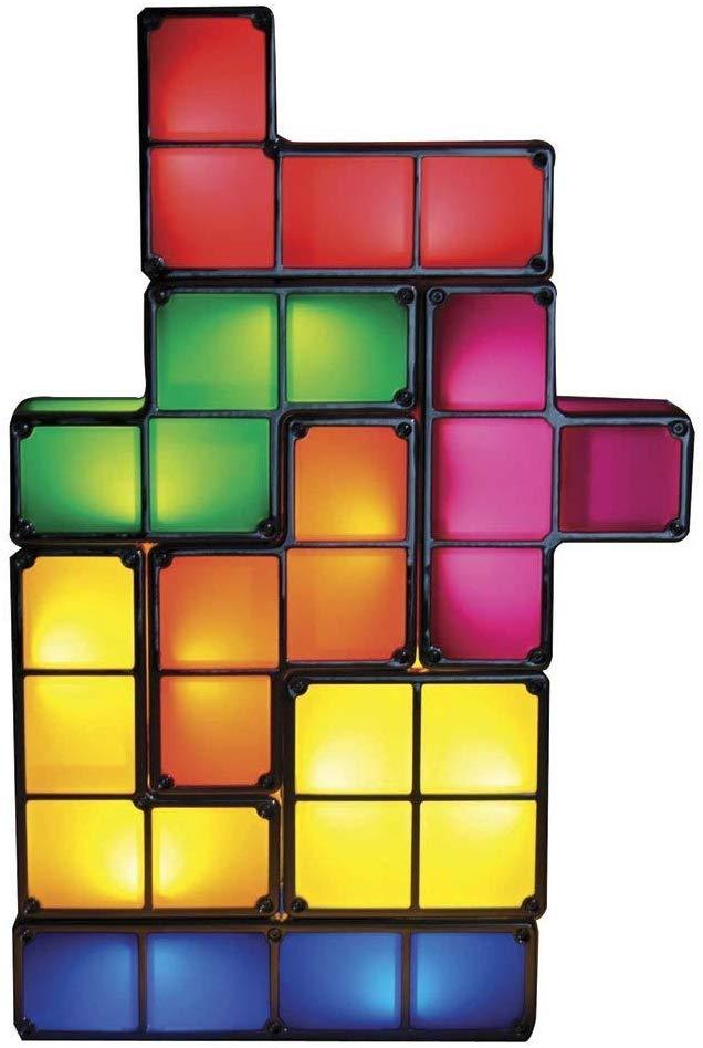 Lampada da tavolo Tetris, il sogno nerd di Giulia